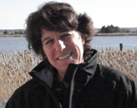 Lisa-Calvo-award