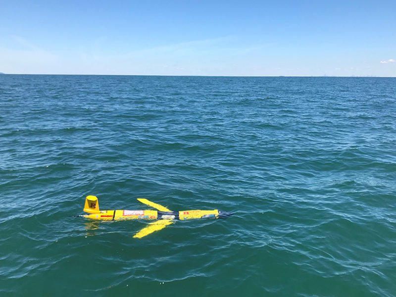 Autonomous Minisubmarine Measures Seawater Conditions